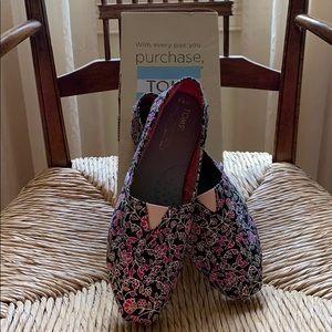 TOMS floral canvas shoes